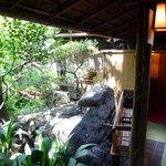 賀城園 - 廊下から見たお部屋