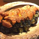 63100230 - 黒鮑とウニ焼き  間違いない美味、ボリューム感も凄い
