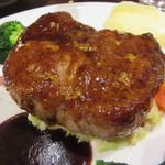 俺のフレンチ - イベリコ豚のロースト-シェフの気まぐれソース 1684円