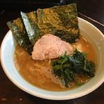武蔵家 - ラーメン並(650円)