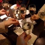 Koume - 最初はスパークリングワインでかんぱ〜い♪