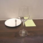 アキヒサ ハンダ - テーブルセット1
