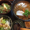 Yuu - 料理写真:牛スジカレー蕎麦と漬け丼