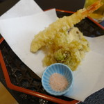 いづ屋 - (コース )天ぷら盛合せ (海老・椎茸 ・なす・ふきのとう)