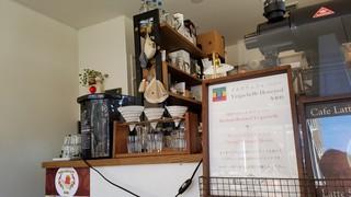 カザーナ・コーヒー 八日町店 - 店内の様子