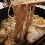 麺匠 竹虎 - 低加水ストレート中細麺/白出汁芳醇醤油ラーメン