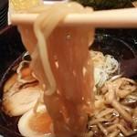 麺匠 竹虎 - 加水率高めの縮れ麺/虎ダレ醤油ラーメン