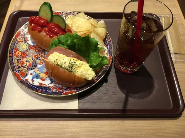 CAFE&BAKERY MIYABI 神保町店 - モーニング500円
