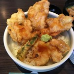 和食ダイニング 粋醸 - 地養鶏の天丼アップ