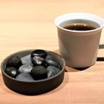 Crony - 石の盛り合わせ、コーヒー