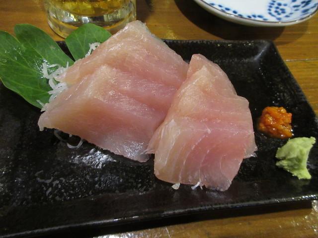 島料理 海響 - かじき刺身 700円 (2017.2)