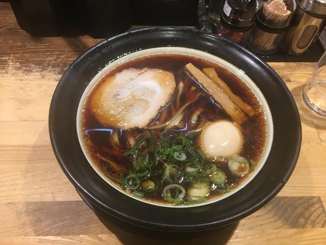 金久右衛門 道頓堀店 - 大阪ブラック 煮玉子入