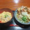 小泉うどん店 - 料理写真:鶏天ぶっかけ(温)と比内鶏親子丼(小)