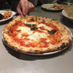 青いナポリ イン・ザ・パーク - ピザ