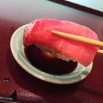 63121275 - ひょうたん寿司(福岡県福岡市中央区天神)旬のおまかせにぎりセット〜中トロ