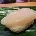 ひょうたん寿司 - ひょうたん寿司(福岡県福岡市中央区天神)旬のおまかせにぎりセット〜タイラギ