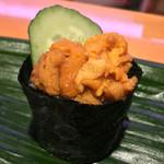 ひょうたん寿司 - ひょうたん寿司(福岡県福岡市中央区天神)旬のおまかせにぎりセット〜生ウニ