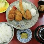 膳処くろひめ - その他定食お任せください。日替わりランチ700円~☆写真はミックスフライ定食900円。