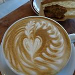 カミノコーヒー - 2杯目はハウスブレンドのラテをLサイズで480円♪