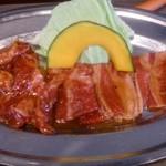 焼肉食堂 韓丼 京都八幡店 - カルビ&ハラミ定食の肉