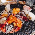 まんぷくカルビ - 牡蠣と上ミノ