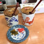 風風ラーメン - 無料の高菜と紅生姜