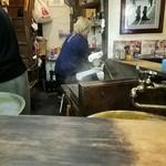 麺家 八の坊 - 厨房