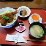えぷろん亭 - ソースかつ丼(税込み1080円)