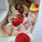 お菓子の工房 がとぅぎゃらりぃ - 持ち帰ったケーキ達