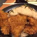 63146592 - とろろカツ丼(980円)
