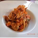 63147110 - コースパスタ 魚介類とトマトソースのタリオリーニ
