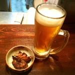 海鮮炭火焼食堂 肴や - 珍しく生ビールで乾杯。。