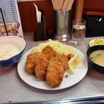 豊ちゃん - カキフライ定食