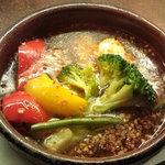 バルマル・エスパーニャ - タコと野菜のガーリックオイル煮