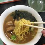 余市川温泉 - 麺はこんな感じ