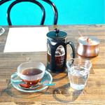 ボニーコーヒー東京 - たっぷり2杯頂けます。