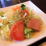 キッチンMO-MO- - セットのサラダ