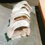 63159687 - 鯖寿司、分厚い!