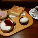 珈琲蔵 - 料理写真:モーニングBセット