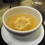 63177036 - ふかひれ入りスープ餃子
