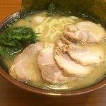 横浜家系ラーメン 町田商店 - チャーシュー麺