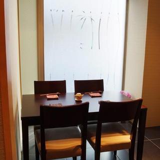 記念日や接待、女子会にも最適な2~5名様個室。