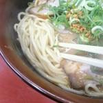 ラーメン熊きち - しっかり太麺