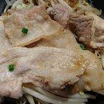 がちまや食堂 - がちまや食堂 @板橋本町 しょうが焼き定食のワンコインの割には充分な量の柔らかい豚三枚肉