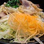 がちまや食堂 - がちまや食堂 @板橋本町 しょうが焼き定食のしょうが焼きに添えられるサラダ