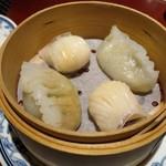 63189941 - 花梨蝦餃皇、潮州蒸粉菓
