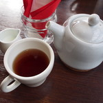 カフェ キャトル - 紅茶