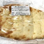 スバカマナ・デリ - チーズナンスナックサイズ 税込280円
