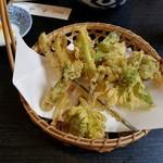 季節割烹 充味 - 春野菜の天ぷら