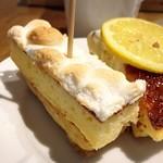 ジェイエスパンケーキカフェ - スモアパンケーキ(ホワイト)@こちらも冷たいくてかたい…